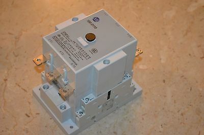 Allen Bradley 100-D110  Contactor 24 VDC Coil**USED** Free Shipping!!