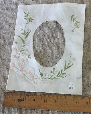 """Antique 19thC Society Silk Hand Embroidered Flowers On Linen Picture Frame 9""""X7"""""""