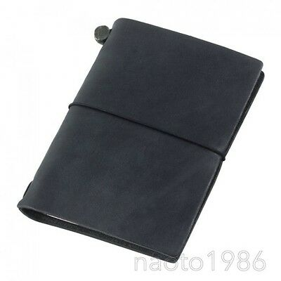MIDORI TRAVELER'S notebook Black Passport size 15026006 (with Tracking Number)