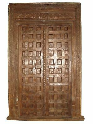 Exceptional cassette door 130 years from the province Gujarath.