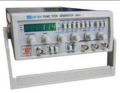 Digital Function Signal Generator 0.1Hz-2MHz NEW Brand  UK1