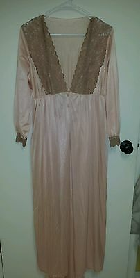 Vintage nightgown With Matching Robe sleepwear lingerie