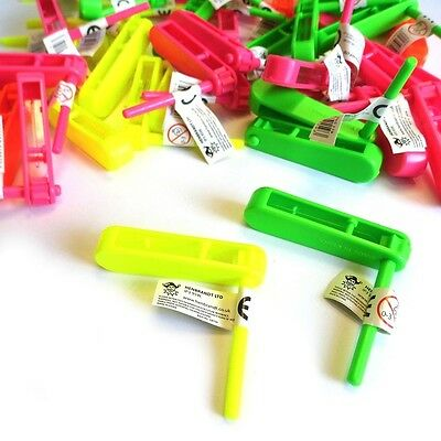 12 x MINI RATTLE CLACKER MUSIC TOY LOOT GIRL BOY XMAS BIRTHDAY PARTY BAG FILLERS