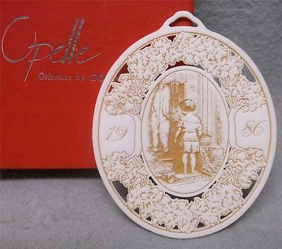 1986 OPELLE Christmas Ornament Giftware by Corning Glass Mint with Box