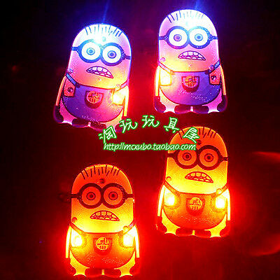 Lot Popular Cartoon Flashing LED Light Up Badge/Brooch Pins Christmas Gifts N231
