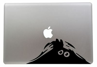 Peeking monster vinyl sticker for Mac Book/Air/Retina laptops. Black or White