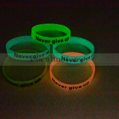 Glow in Dark Never Give Up Rubber Silicon Wristband Bracelet New