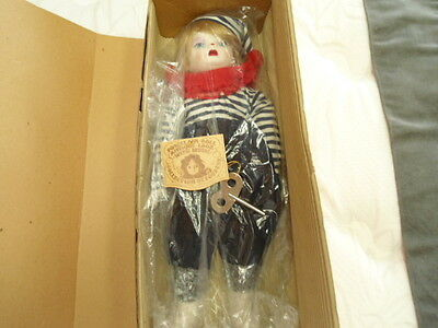 Domino et Dominique Collection de Poupees Madame Verte Sanky Japan Clown Doll