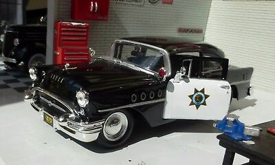 LGB G Maisto Buick Century 1955 California Highway Police Car 1:24 Scale Model