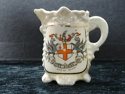 Gemma china model of a jug with City of London crest