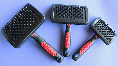 Jeffers Curved Head Flexible Rubber Massage Brush S, M, L Dog Cat Grooming Tool