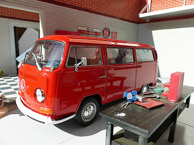 G LGB VW Bay T2 Red Dormobile Campervan Welly 1:24 Scale Diecast Detailed Model