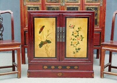 China Dresser Cocktail Cabinet Console Slight Traces of Use