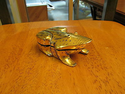 Gold Laquer Box Frog Made in Burma