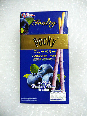 Glico Pocky BLUEBERRY TASTE BISCUIT STICK COATED BLUEBERRY CREAM AND FLAKE 35g
