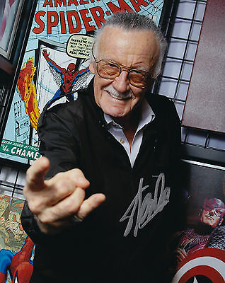 Stan Lee Signed 8x10 Picture Marvel Spiderman Legend Photo Autographed COA Foil