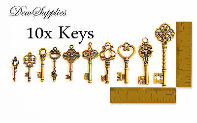 10 x Royal Skeleton Key Antique Old style key charms sorted designs