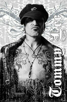 #2880 Tommy Lee Tattoo Pose Poster 24X36