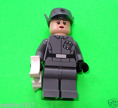Lego Star Wars Figur 027 FIRST ORDER OFFICER aus Set 75104