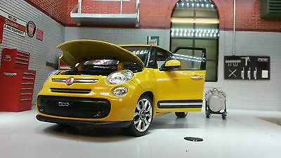 G LGB 1:24 Scale 2013 Fiat 500L Multipla 24038 Detailed Welly Diecast Model Car