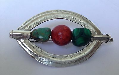 Unusual Vintage Solid Silver 3 Solid Natural Spirits Stones Eye Shaped Brooch