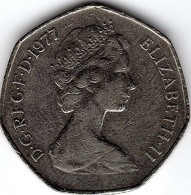 1977 50P COIN RARE COLLECTABLE OLD LARGE STYLE FIFTY PENCE (a)
