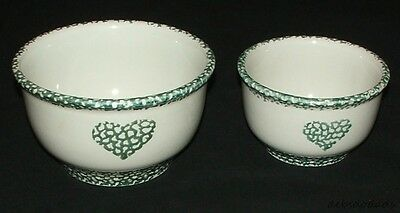 Set of Two Decorative Ceramic White / Green Country Heart Mixing / Serving Bowls