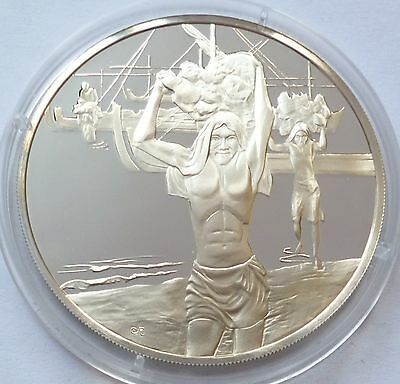 Maldives 1980 Silver Proof Medal Honoring Independence Day Commemorative Coin !