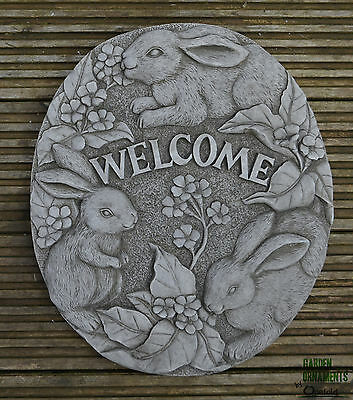 LARGE BUNNY WELCOME SIGN PLAQUE Hand Cast Stone Garden Ornament ⧫onefold-uk