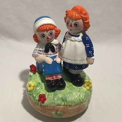 Vintage Raggedy Anne & Andy, 1974, Music figurine, Schmid, You Light Up My Life
