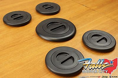 2014-2018 ram 2500 3500 5th wheel/gooseneck bed plug cover kit mopar oem