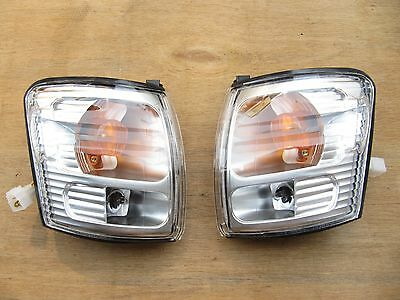 TOYOTA HILUX Ute SR5 2001-05 2WD 4WD CORNER INDICATOR LIGHT WITH WIRING PAIR