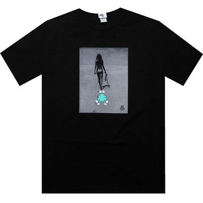 $35.00 Akomplice Invisible Statue of Liberty Tee NY HYPERLIGHT shows under sunli