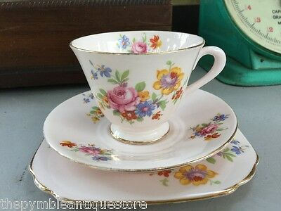 Lovely Vintage English Tuscan Tea Cup Saucer Plate Trio