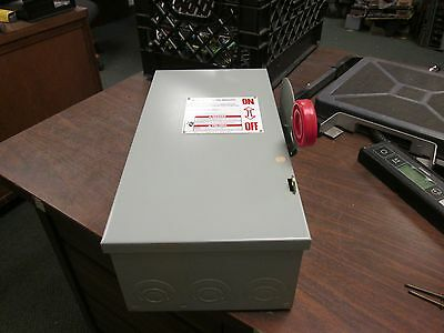 Cutler-Hammer Fusible Safety Switch DH361NGK 30A 600V 4W Used