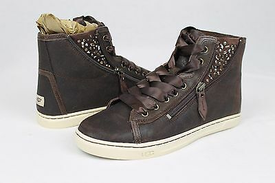 8c7d0864c8a UGG AUSTRALIA BLANEY Crystal Brown Leather Casual Ankle Sneaker Size ...
