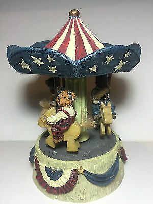 Boyds Bears Carousel Music Box USA Patriotic Stars Stripes Merry Go Round Video