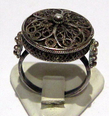 Excellent Early 20Th Century Silver Ring With Filigree // 948