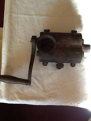 ANTIQUE Hand Crank Tobacco Cutter ~ Vintage Tool RARE! Great Piece