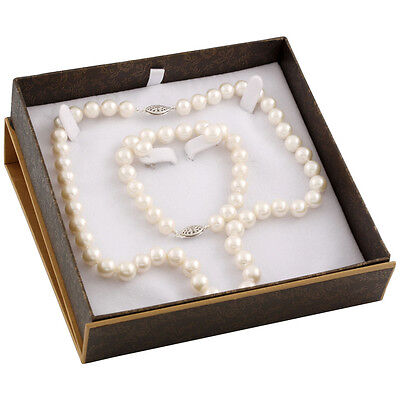 """Boxed 8-9mm white freshwater 18"""" pearl necklace, 7¼"""" bracelet and studs SET-D"""