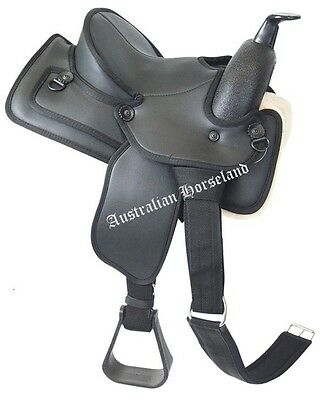 Status Western Saddle - Synthetic