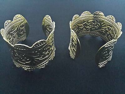 Thai traditional Style Dance Costume Jewelry Repousse wristband ACCESSORIES GOLD