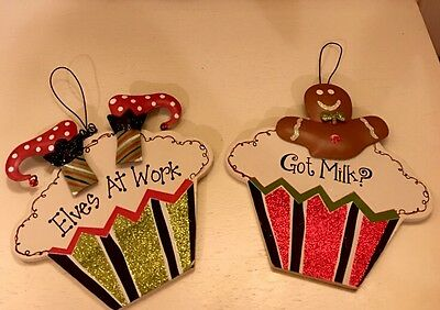 """Christmas Gingerbread Elves Cupcake Tree Ornaments Wall Plaque Kitchen 6"""" S/2"""