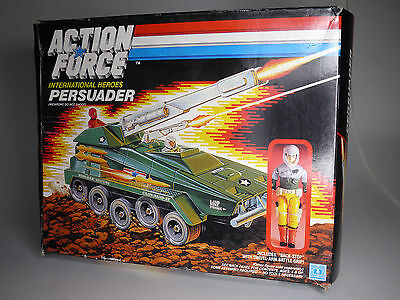 vintage GI Joe / Action Force 6038 Persuader Tank Panzer unbespielt  in Box /NOS