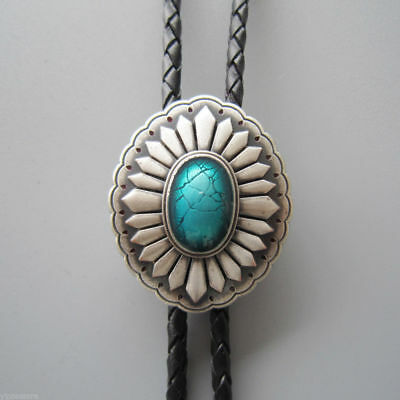 Silver Plated Celtic Oval Enamel Green Stone Western Cowboy Rodeo Bolo Tie