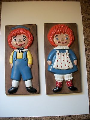 Vintage Ceramic Raggedy Ann and Andy Wall Decoration