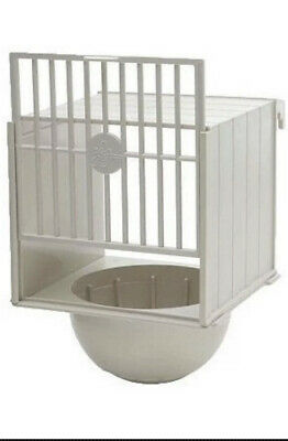 PLASTIC BREEDING NEST PAN BOX CANARY FINCH BRITISH Hooks On Cage Front