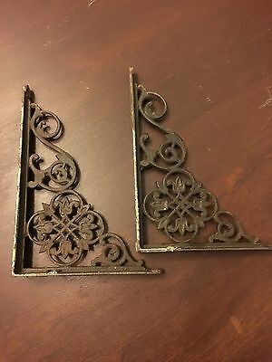 Vintage Cast Iron Wall Brackets 7x5 Pair