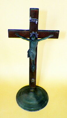 Vintage Victorian Metal - Wood Crucifix With Skull & Crossed Bones