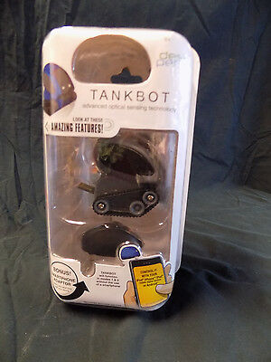 DeskPets TankBot Grey Desk Toy Smartphone Adapter use with Ipod or Android